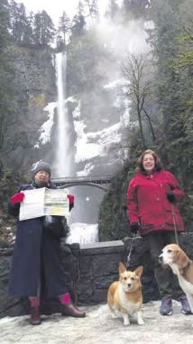 Jane Bowman and sister Erica Sharpe at the Multnomah Falls, Columbia River Gorge - Oregon, USA.